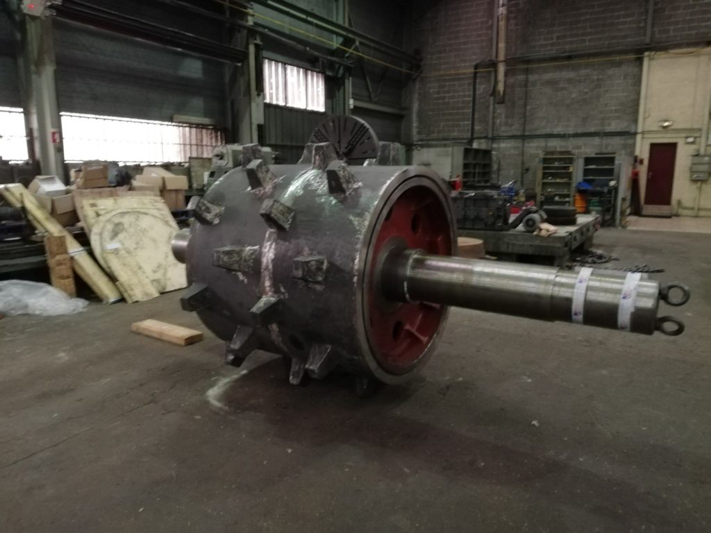 The-spare-parts/crusher-cylinder/alumina